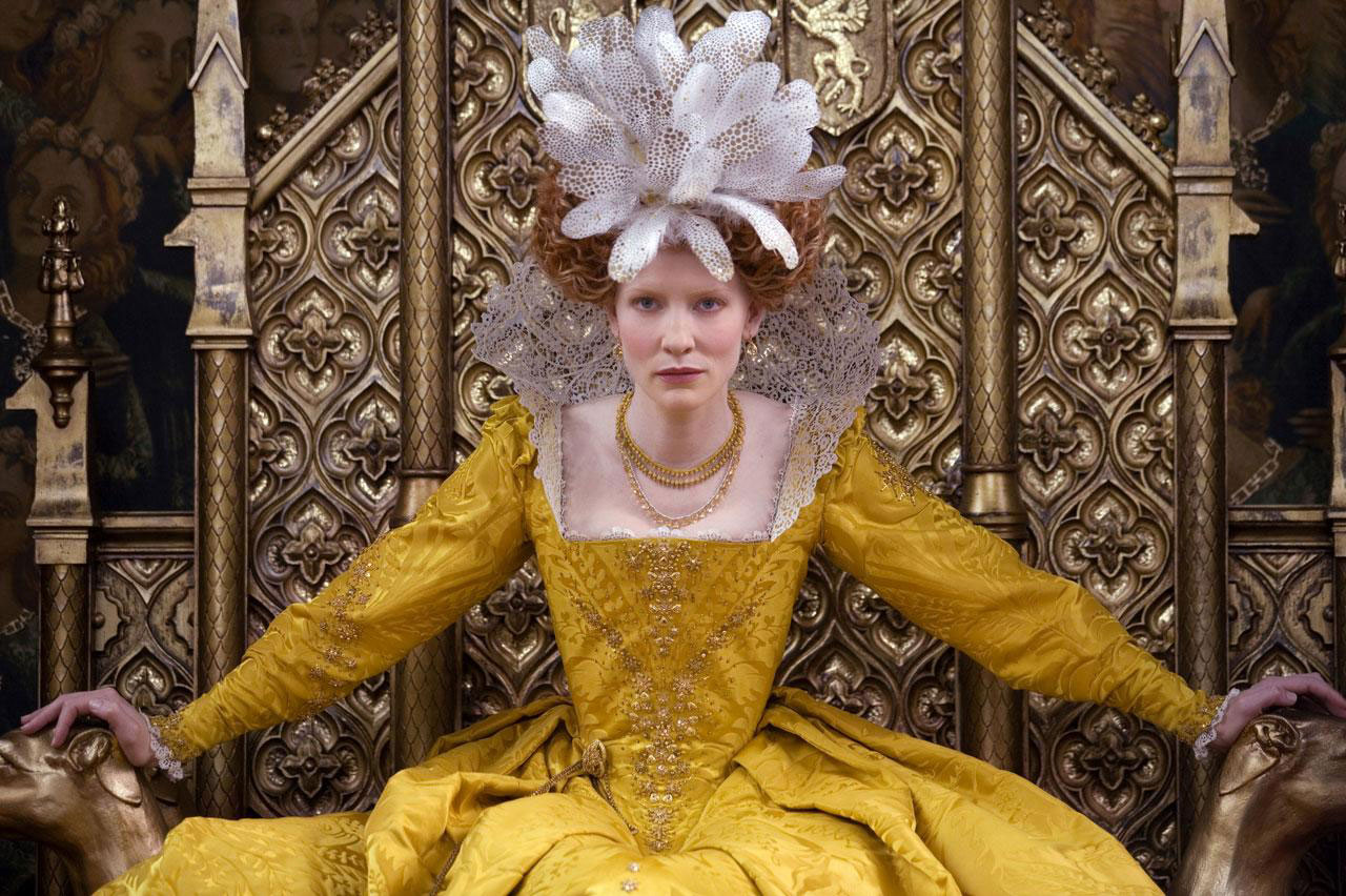 Elizabeth The Golden Age: i costumi della regina - Rievocando.it